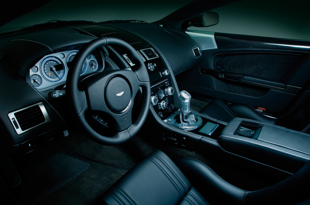 Quantum of Solace Aston Martin Photograph 2