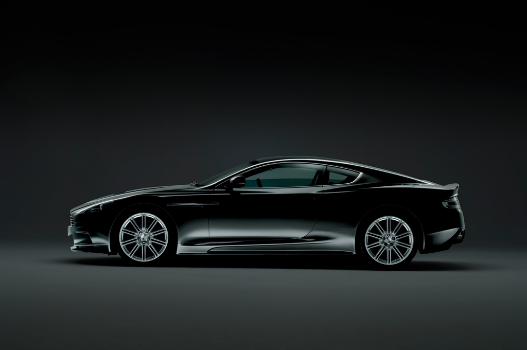 Quantum of Solace Aston Martin Photograph 3